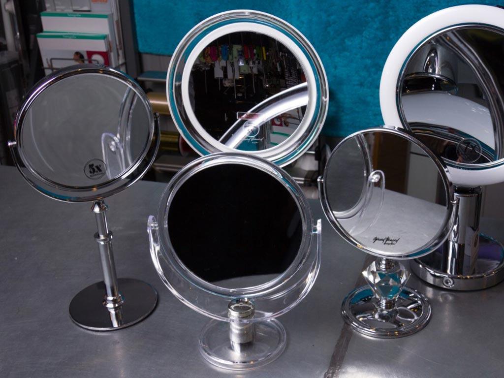 verschillende make-up spiegels